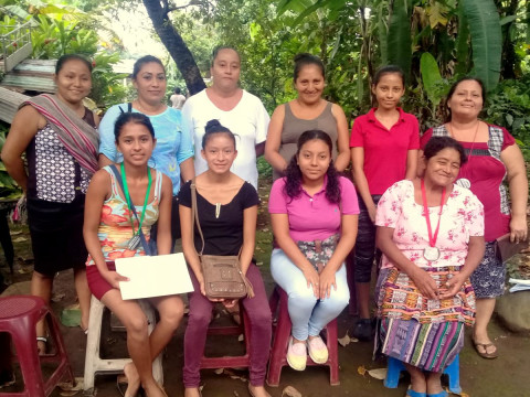 photo of Mujeres Cumplidas Group