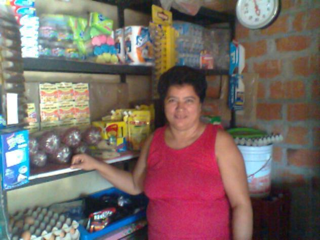 Hilda De  La Paz