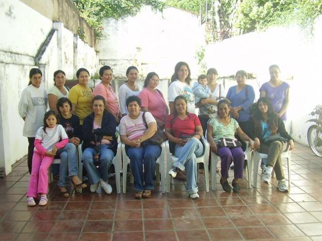 Comité De Mujeres Activas De Candía Loma Group