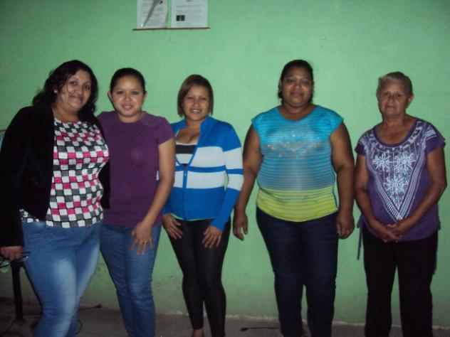 Banco Mujer Las Hijas Del Rey Group