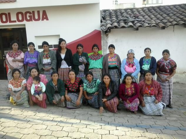 Mujeres De Choxbajan Group